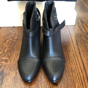 NWT Black Leather Harrow Rag & Bone Booties